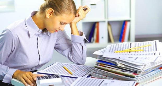 Главбух на работе