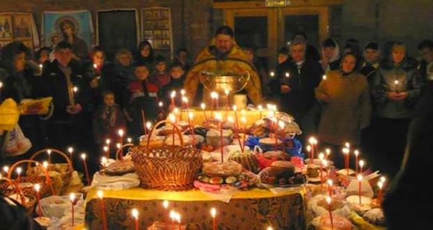 Праздничное пасхальное богослужение в храме