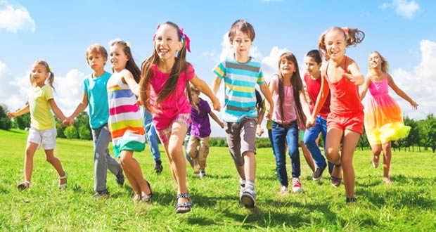 Школьники на летних каникулах