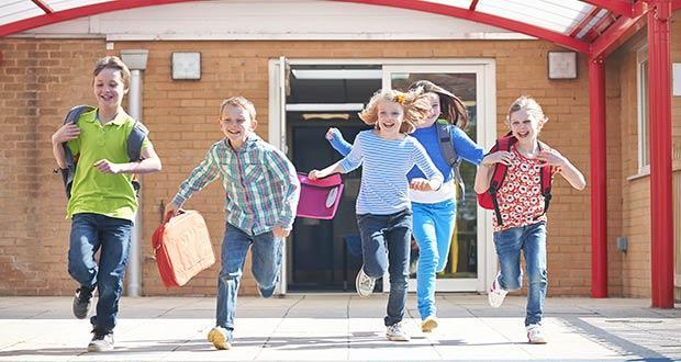 Дети в Германии спешат на продолжительные каникулы