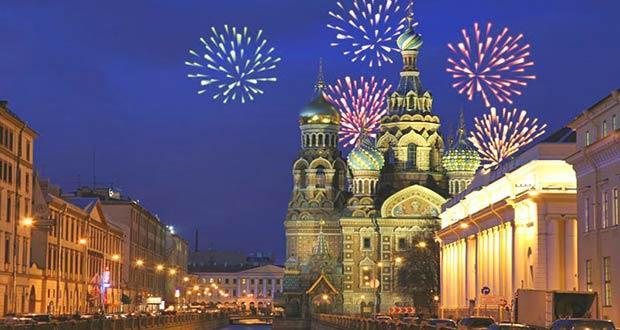 Празднование новогодних праздников в Санкт-Петербурге