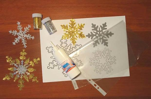 Шаг 1 - подготавливаем трафарет снежинки