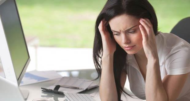 У девушки стрессовая ситуация и депрессия