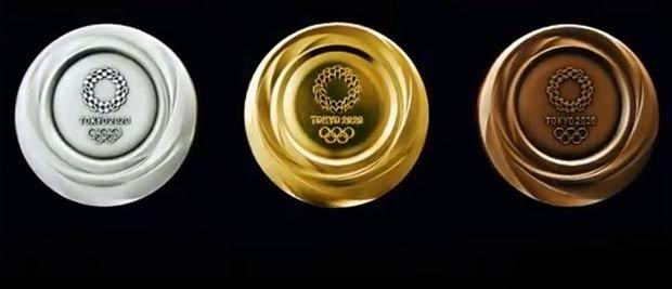 Золотая, серебряная и бронзовая медали Олимпиады 2020