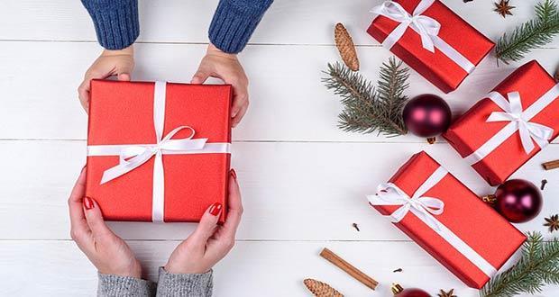 Недорогие подарки на Новый 2020 год для женщин и мужчин
