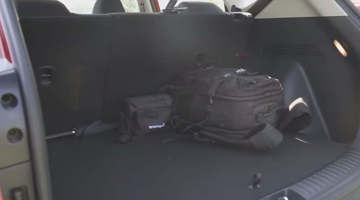 Багажник Kia Seltos фотография