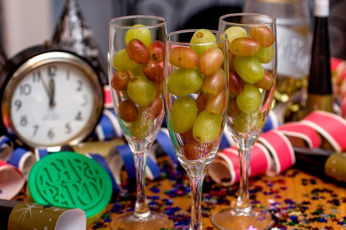 12 виноградин на новый год - испанская традиция